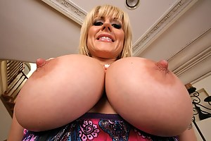 Mature Nipples Porn Pictures